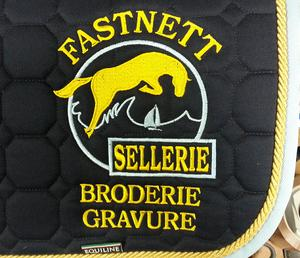 Broderie tapis